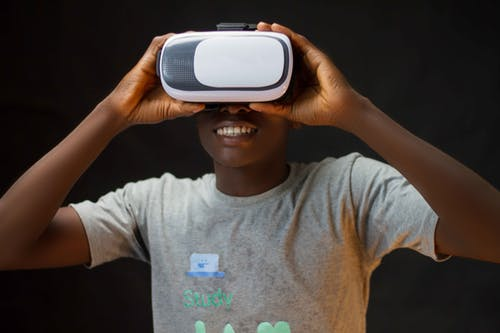 Virtual Reality And Augmented Reality In Education- The Next Step By Michael Giannulis